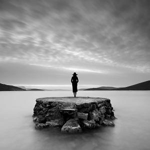 solitude_by_serhatdemiroglu